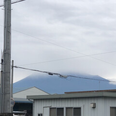 富士山麓/富士山 おはようございます☔️  今朝の富士山🗻…