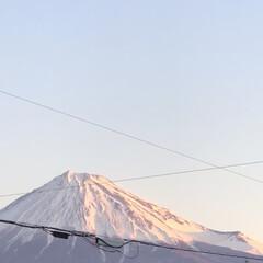 朝焼け/赤富士/富士山 今朝の富士山🗻 朝日☀️に当たって赤富士…