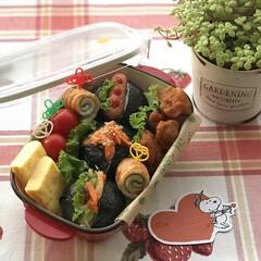 パッカンおにぎり/おにぎり/お昼が楽しみになるお弁当/お弁当作り/お弁当/LIMIAごはんクラブ/... 6月27日木曜日☀️。 パッカンおにぎり…