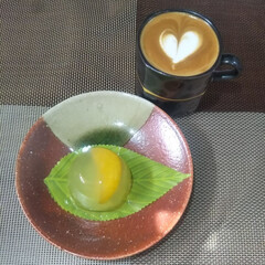 おウチカフェ/家庭用エスプレッソマシン/ラテアート/おやつタイム 和菓子には抹茶ラテの方が合うんだろうけど…