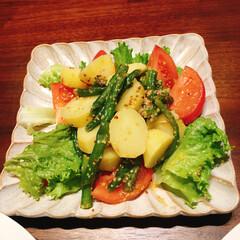 マスタードドレッシング/ホットサラダ/おうちごはん 茹で野菜のマスタードドレッシング和え。 …