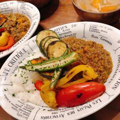 焼き野菜/おうちごはん/おうちカレー 焼き野菜をのせたキーマカレー。夫がカレー…