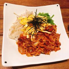 ビビンバ丼/リミ楽レシピ/リミアな暮らし/ビビンバ ビビンバを作りました。キムチとぶた肉を一…