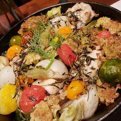 ぎゅうぎゅう焼き/リミアな暮らし/パーティーメニュー 野菜のぎゅうぎゅう焼き。スキレットに詰め…