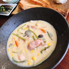 二人暮らし/茄子の揚げ浸し/クリームシチュー/シチュー/おうちごはん 今日のお昼ご飯はシチュー。焼き魚お茄子の…