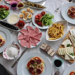 わたしのごはん/わたしたちのごはん/トルコ/朝ごはん トルコの家族のお家にステイしている時の写…