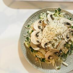 おうちごはん/料理/レシピ/マッシュルーム/サラダ/簡単/... マッシュルームのサラダ!   冷凍してい…