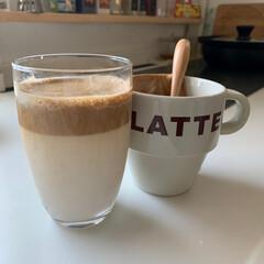 キッチン/モーニングコーヒー/ダルゴナコーヒー/簡単 今、流行りのダルゴナコーヒー作ってみた💖