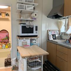 お菓子作り道具/ディアウォール/作業台/ミニキッチン 冷蔵庫搬入に伴い、電子レンジの場所を移動…