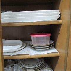タッパー収納 沢山持ってないので使わないのは普通に食器…