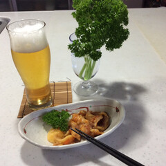 至福のひととき/家飲み/つまみ/ビール 大好物のホヤ。 殻付きを買ってきて捌く。…