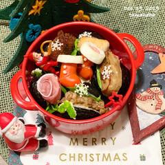 クリスマス弁当/娘弁当/おにぎり/パッカンおにぎり/クリスマス2019/セリア/... 🎄今日の娘弁当🎄  ✴︎パッカンおにぎり…