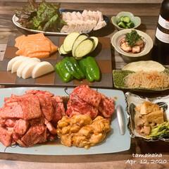 焼き肉/夜ごはん/わたしのごはん/おうちごはん/夕飯/おうち時間 ✳︎ 《4/12の夕飯》 ✴︎焼き肉(ロ…