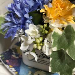 手作りアクセ/100均コスメ お花は💐大好きで😍100均のを色々アレン…