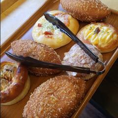 パン屋/わたしのごはん 近所のパン屋さんですが、凄く美味しいんで…