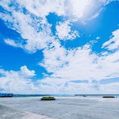 青空/夏/沖縄/竹富島/空/雲/... どこまでも続く青空を収めました