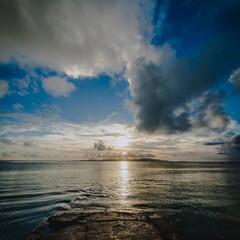 夕日/沖縄/竹富島/サンセット/トワイライト/はじめてフォト投稿 沖縄の竹富島にカメラを持って行って初めて…