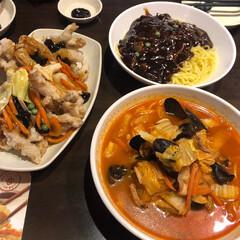 韓国/韓国の料理/わたしのごはん/辛い/LIMIA/チャジャンミョン 韓国の料理です 辛いのが大好きです😚😚💖…(1枚目)