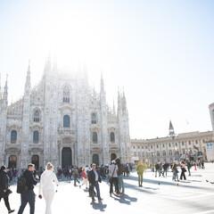 太陽/ミラノ大聖堂/イタリア/おでかけワンショット 大聖堂と太陽のコラボレーション
