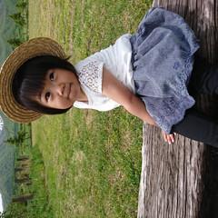 女子感/アルプスの少女/キメ顔/自然/おでかけ/初夏/... 2歳になり女の子らしいポーズをきめるよう…