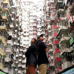 外国旅行/香港/出会い/おでかけワンショット 旅先で知り合って 一緒にと。  国境を越…