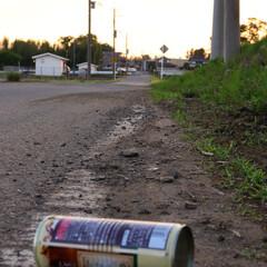空き缶/おでかけワンショット/LIMIA 誰かが捨てた空き缶 風が吹けばころころと