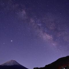 富士山/天の川/精進湖 精進湖での富士山と天の川を撮ったものです…