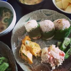 わたしのご飯/おうちご飯/家ご飯/お料理研究家/美味しい/イロケご飯/... 朝ごはん✨おにぎりご飯✨焼いた鯛の身をい…