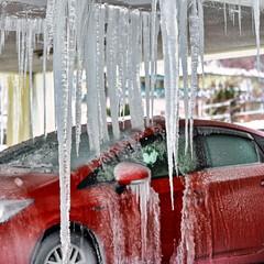 寒さ対策 最悪状態 氷麗の餌食にされた車