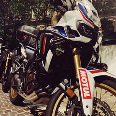 バイク/アフリカツイン/イタリア街/わたしのお気に入り お気に入りのバイクです! 最近購入して乗…