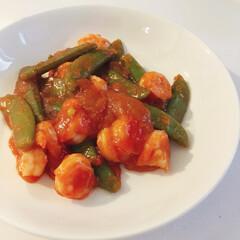 中華/エビチリ/簡単レシピ/簡単料理/料理/LIMIAごはんクラブ/... スナップエンドウ入りのえびちり。(1枚目)