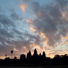 カンボジア/アンコールワット/朝焼け/はじめてフォト投稿 カンボジア アンコールワットの朝焼け