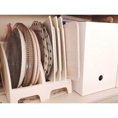 アカシア 木製プレート L 白 AA-003WH | マークスインターナショナル(皿)を使ったクチコミ「使用頻度が割と低めなプレートは ニトリの…」