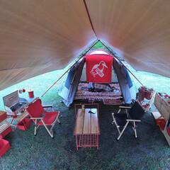 キャンプ/キャンプギア/キャンプ用品/キッチン/キッチンレイアウト/スノーピーク/... ハの字キッチン👨🍳  キッチンはサイト…