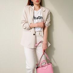 大人カジュアル/春コーデ/ジャケットコーデ/ママコーデ/ママファッション/Tシャツコーデ/... 色違いで揃えたいくらい、デザイン、素材、…(2枚目)