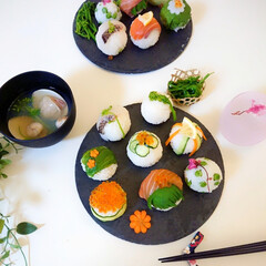 food/ご飯/お家ご飯/お寿司/手まり寿司/子供の日ご飯/... いつかの手まり寿司🍣✨  毎年子供の日の…