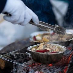 キャンプ/アヒージョ/夕飯/焚き火/男飯/炭火/... 雪上キャンプ中に友人が作ってくれた 夕飯…