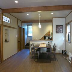 欄間/飾り棚/階段 シンプルの中に欄間のデザインや飾り棚でさ…