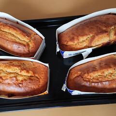 パウンドケーキ/おすそ分け/牛乳/わたしのごはん ウチで定番の牛乳パックで作るパウンドケー…