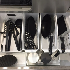 フライパン収納/ダイソー/100均/IKEA/収納/収納グッズ/... 【フライパン収納】 キッチンの引き出し内…(1枚目)