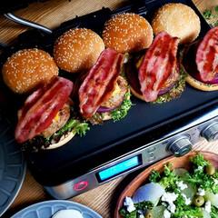 おうちごはん/手作り/休日ランチ/ハンバーガー/料理/ランチ/... 別アングルも何枚か♥️ 外は寒いけどおう…(2枚目)