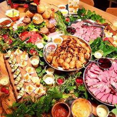 楽しい/美味しい/メイン/前菜/ハンバーガー/テーブルコーディネート/... ユニット『WOW』としてお料理運び♪ パ…