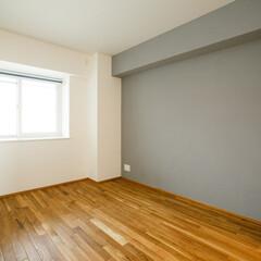 グレー お二人のお子様には壁の色を選んでもらい好…