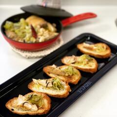 ストウブ鍋 よこわのねぎオイル煮で夜ごパン