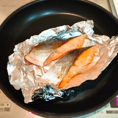 焼き魚/アルミホイル/ホイル/100均/ダイソー/ラク家事/... 魚焼きグリルは洗うのが面倒で、今の家に越…