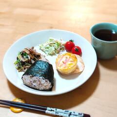 餃子の皮アレンジ/リメイク料理/ワンプレートごはん/ワンプレート/晩ごはん/おうちごはん 前日レンジ調理した、トマポテモッツァレラ…