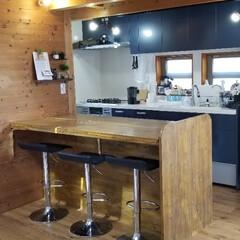 ダイニング/キッチン/収納/DIY/キャットタワー/カウンターテーブル/... 自宅に合うカウンターテーブルがなかなか無…(2枚目)