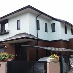 外壁塗装/屋根塗装/シーリング/防水工事/シリコン塗料/遮熱塗料/... 外壁は15年の耐久性をもった高耐久シリコ…(1枚目)