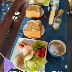 食事情 日曜日の朝 久しぶりのパン食(1枚目)