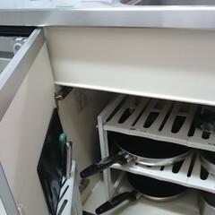 片づけ/整理/収納/キッチン/シンク下/フライパン収納/... お片づけでは「よく使う物ほど近くに収納す…